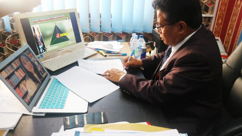 UNIKA PTS PERTAMA TANDATANGANI KERJASAMA INTERNASIONAL DENGAN RIVERSTONE TRAINING CO.LTD SINGAPORE
